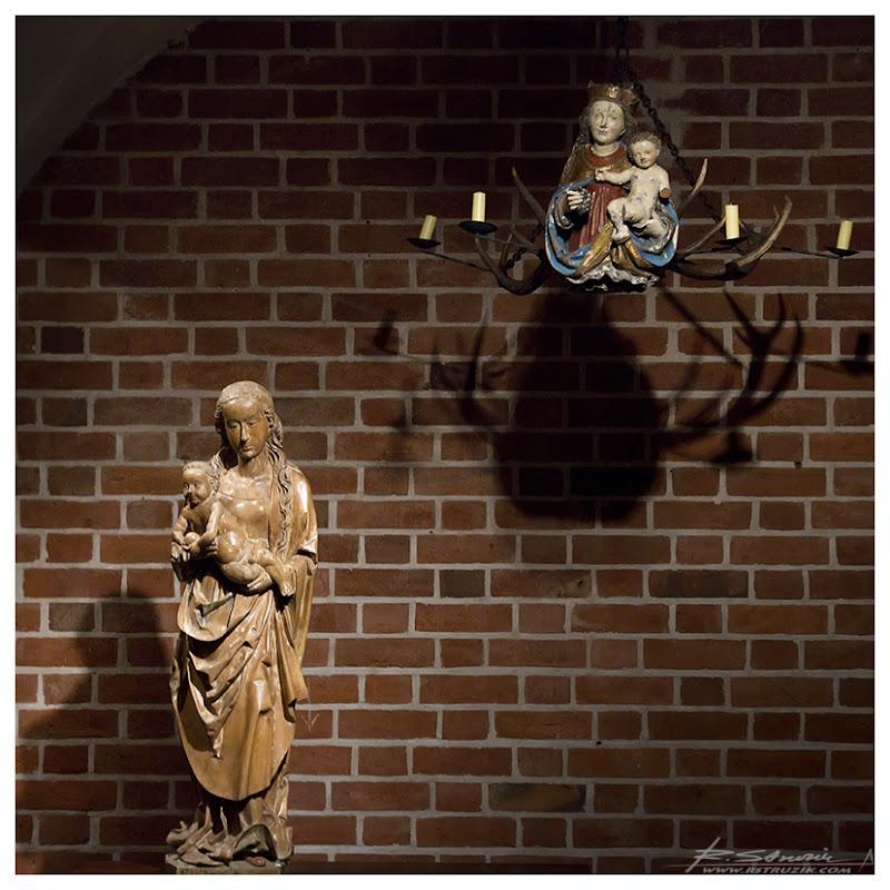 Malbork. Matce Boskiej poświęcono całą komnatę.
